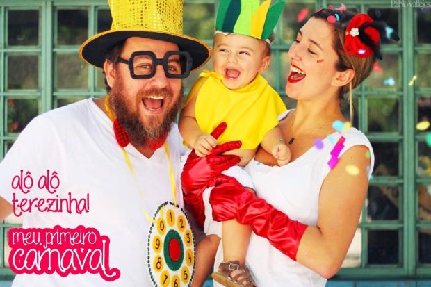 Nesse o papai é o Chacrinha, mamãe Chacrete e bebê troféu abacaxi