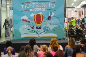 TEATRINHO NO CENTER SHOPPING RIO
